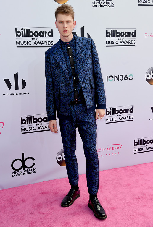 . Machine Gun Kelly arrives at the Billboard Music Awards at the T-Mobile Arena on Sunday, May 21, 2017, in Las Vegas. (Photo by Richard Shotwell/Invision/AP)