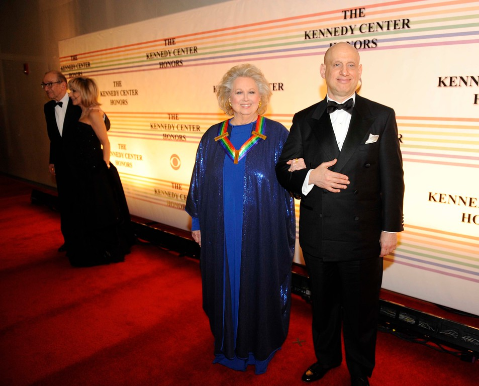 . Kennedy Center Honoree Barbara Cook, second from right, arrives at the Kennedy Center for the Performing Arts for the Kennedy Center Honors gala performance on Sunday, Dec. 4, 2011 in Washington. (AP Photo/Kevin Wolf)