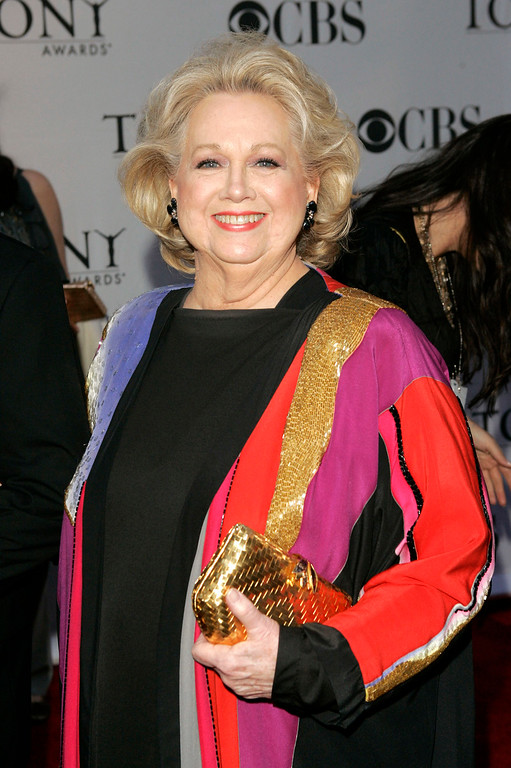 . FILE - In this June 11, 2006 file photo, actress Barbara Cook arrives at the 60th annual Tony Awards in New York. Cook, whose shimmering soprano made her one of Broadway\'s leading ingenues and later a major cabaret and concert interpreter of popular American song, has died. She was 89. (AP Photo/Seth Wenig, File)