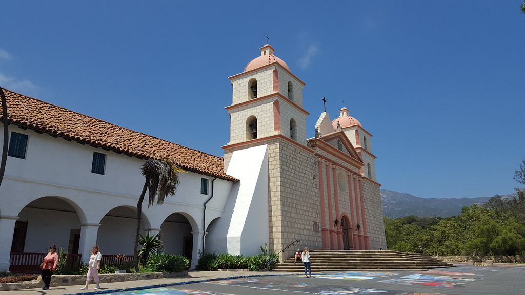 . Santa Barbara Mission (Photo by Antonie Boessenkool, Los Angeles Daily News/SCNG)