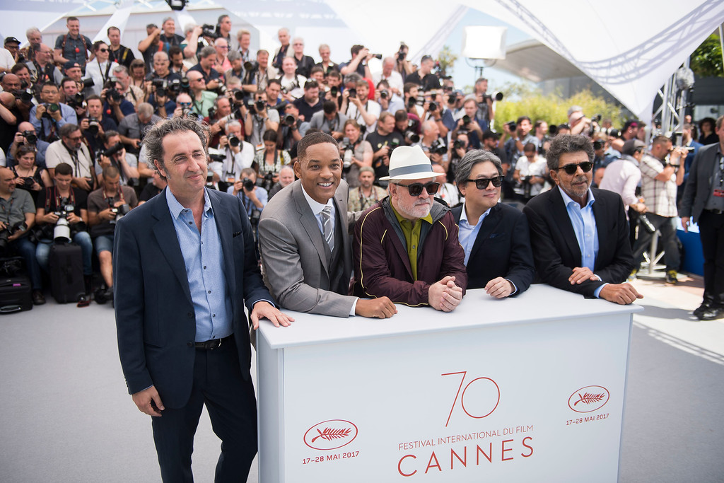 . From left, jury members Paolo Sorrentino and Will Smith, President of the jury Pedro Almodovar, and jury members Park Chan-wook and Gabriel Yared pose for photographers during the Jury photo call at the 70th international film festival, Cannes, southern France, Wednesday, May 17, 2017. (Photo by Arthur Mola/Invision/AP)