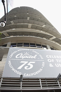 681865359JF00035_Capitol_Re