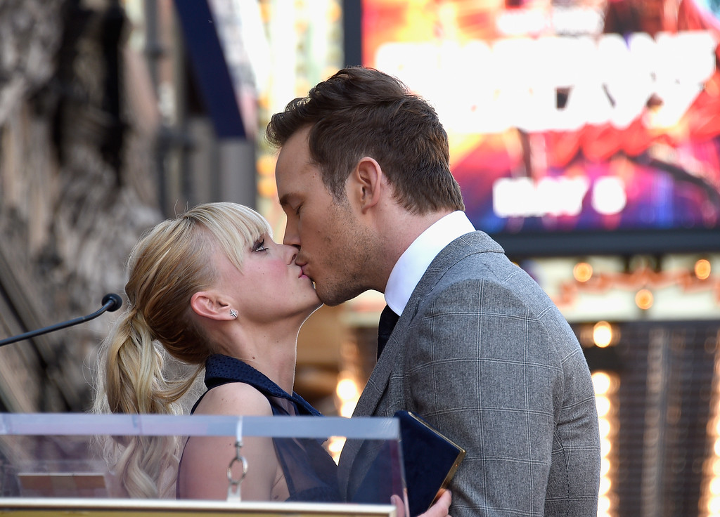 . HOLLYWOOD, CA - APRIL 21:  Actors Anna Faris (L) and Chris Pratt at Chris Pratt Honored With Star On The Hollywood Walk Of Fame on April 21, 2017 in Hollywood, California.  Pratt and Faris have announced they are separating after eight years of marriage. The actors announced their breakup on social media Sunday, Aug. 6, 2017, in a joint statement confirmed by Pratt�s publicist.   (Photo by Kevork Djansezian/Getty Images)