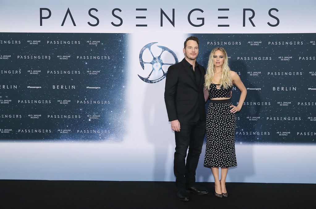 ". BERLIN, GERMANY - DECEMBER 02:  Actress Jennifer Lawrence and actor Chris Pratt attend the photocall for ""Passengers\"" at Hotel Adlon on December 2, 2016 in Berlin, Germany.  (Photo by Sean Gallup/Getty Images for Sony Pictures)"