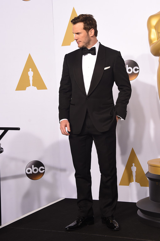 . HOLLYWOOD, CA - FEBRUARY 22:  Actor Chris Pratt poses in the press room during the 87th Annual Academy Awards at Loews Hollywood Hotel on February 22, 2015 in Hollywood, California.  (Photo by Jason Merritt/Getty Images)