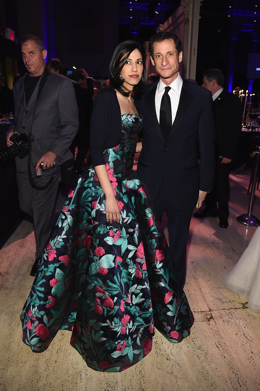 . NEW YORK, NY - FEBRUARY 11:  Huma Abedin and Anthony Weiner attend the 2015 amfAR New York Gala at Cipriani Wall Street on February 11, 2015 in New York City.  (Photo by Larry Busacca/Getty Images)