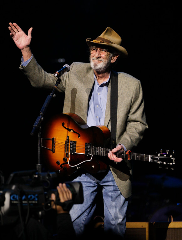 . Don Williams performs during the All for the Hall concert on Tuesday, April 10, 2012, in Nashville, Tenn.  (AP Photo/Mark Humphrey)