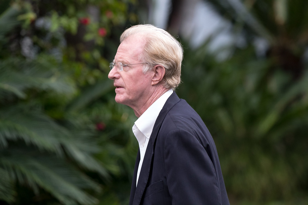 . BEVERLY HILLS, CA - JANUARY 05:  Actor Ed Begley Jr. arrives for a private memorial at the former residence of actress Carrie Fisher January 5, 2017 in Beverly Hills, California.  Fisher, 60, died December 27, 2016 after suffering a medical emergency onboard a flight from London to Los Angeles December 23.  Debbie Reynolds, Fisher\'s mother, died December 28, 2016 of an apparent stroke.  It has been reported that a joint funeral service will be held at Forest Lawn Memorial Park in the coming days.  (Photo by Greg Doherty/Getty Images)