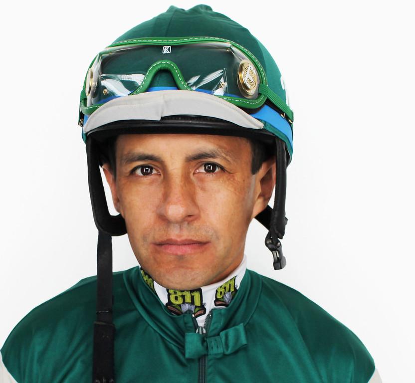 . Victor Espinoza
