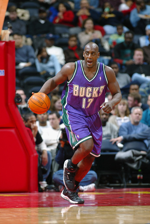 . Anthony Mason #17 of the Milwaukee Bucks drives the ball up court during the NBA game against the Atlanta Hawks at Phillips Arena on December 5, 2002 in Atlanta, Georgia.     (Photo by Jamie Squire/Getty Images)