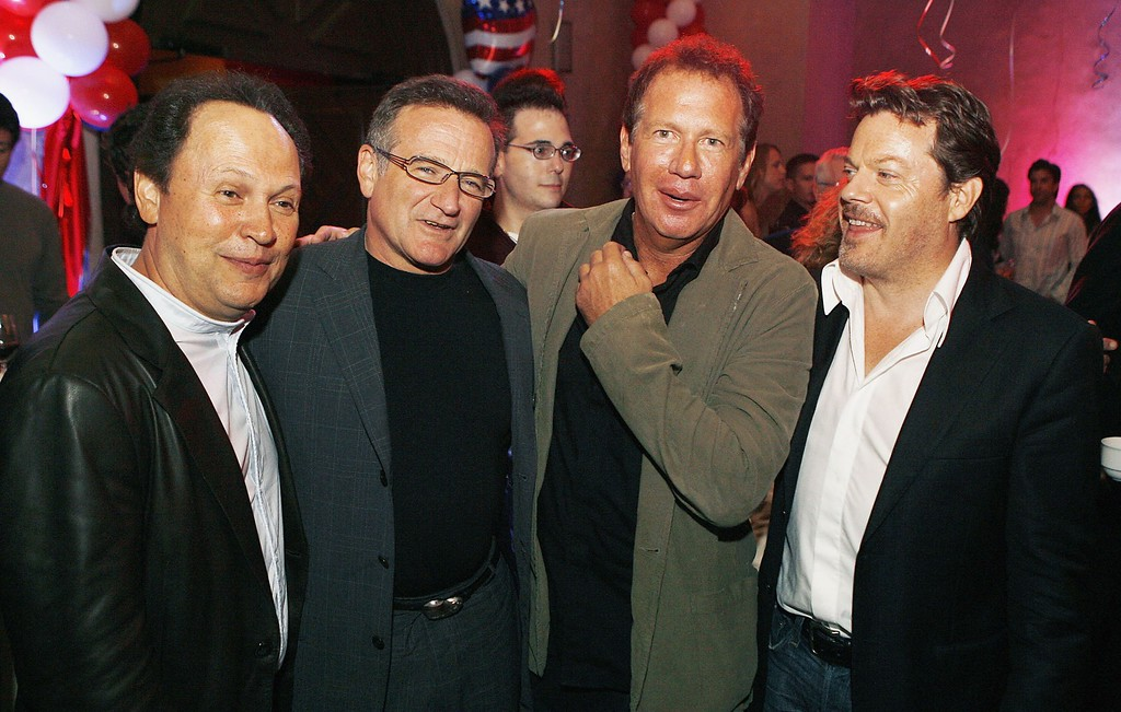 """. Actors Billy Crystal (L), Robin Williams, Garry Shandling and Eddie Izzard pose at the afterparty for the premiere of Universal\'s \""""Man of the Year\"""" at the Hollywood Roosevelt Hotel on October 4, 2006 in Los Angeles, California. (Photo by Kevin Winter/Getty Images)"""