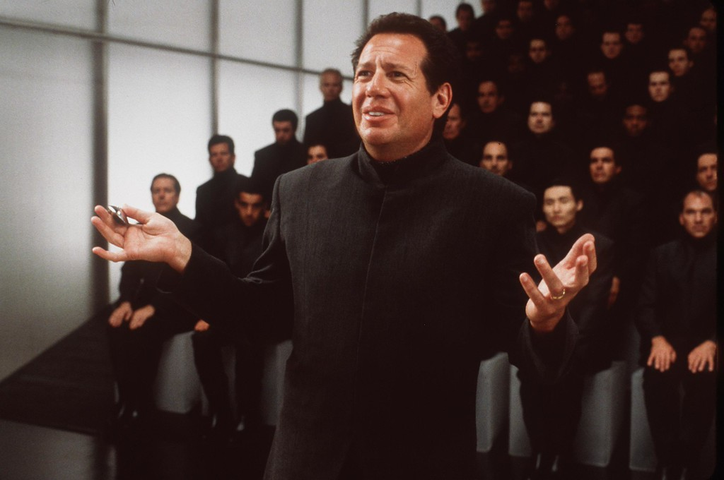 ". 2000 Garry Shandling Stars In The Movie ""What Planet Are You From.\""  (Photo By Getty Images)"