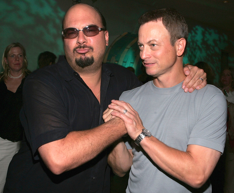 """. LOS ANGELES - JULY 19: Creator and Executive Producer of CSI Anthony Zuiker and actor Gary Sinise attend the \""""CBS Stars Party\"""" at the Hammer Museum on July 19, 2005, Los Angeles, California. (Photo by Mark Mainz/Getty Images)"""