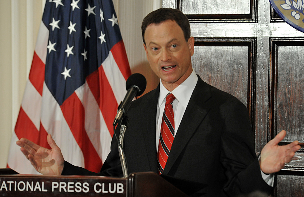 """. US actor Gary Sinise  addresses an audience June 30, 2011 at the National Press Club in Washington, DC. Sinise announced the formation of the \""""Gary Sinise Foundation,\"""" to honor the Nation\'s defenders, veterans, first responders, their families and those in need.  (KAREN BLEIER/AFP/Getty Images)"""