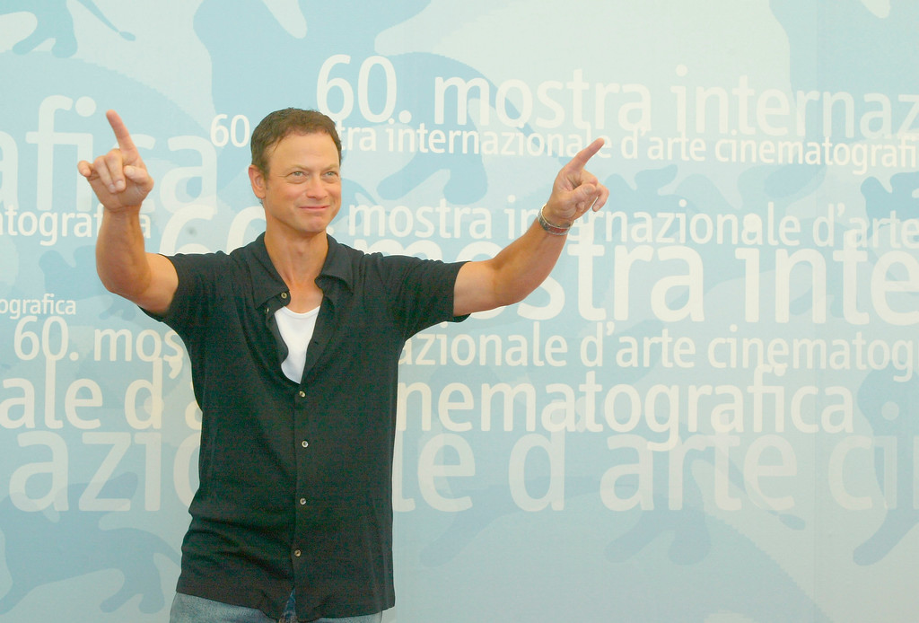 """. VENICE- AUGUST 30:  Actor Gary Sinise poses during a photocall at the 60th Venice Film Festival August 29, 2003 in Venice, Italy. Sinise is in Venice to present the Robert Benton\'s film \""""The Human Stain\"""" which is out of the competition. (Photo by Pascal Le Segretain/Getty Images)"""