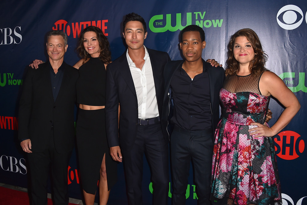 . WEST HOLLYWOOD, CA - AUGUST 10:  Actors Gary Sinise, Alana De La Garza, Daniel Henney, Tyler James Williams and Annie Funke attend CBS\' 2015 Summer TCA party at the Pacific Design Center on August 10, 2015 in West Hollywood, California.  (Photo by Alberto E. Rodriguez/Getty Images)