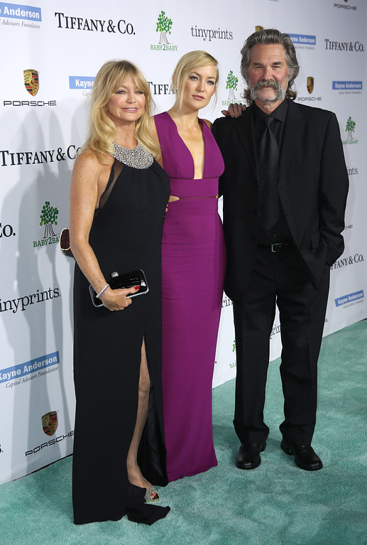 . Goldie Hawn, and from left, Kate Hudson and Kurt Russell arrive at the Third annual Baby2Baby Gala honoring Kate Hudson at The Book Bindery on Saturday, Nov. 8, 2014, in Culver City, Calif. (Photo by Matt Sayles/Invision/AP)