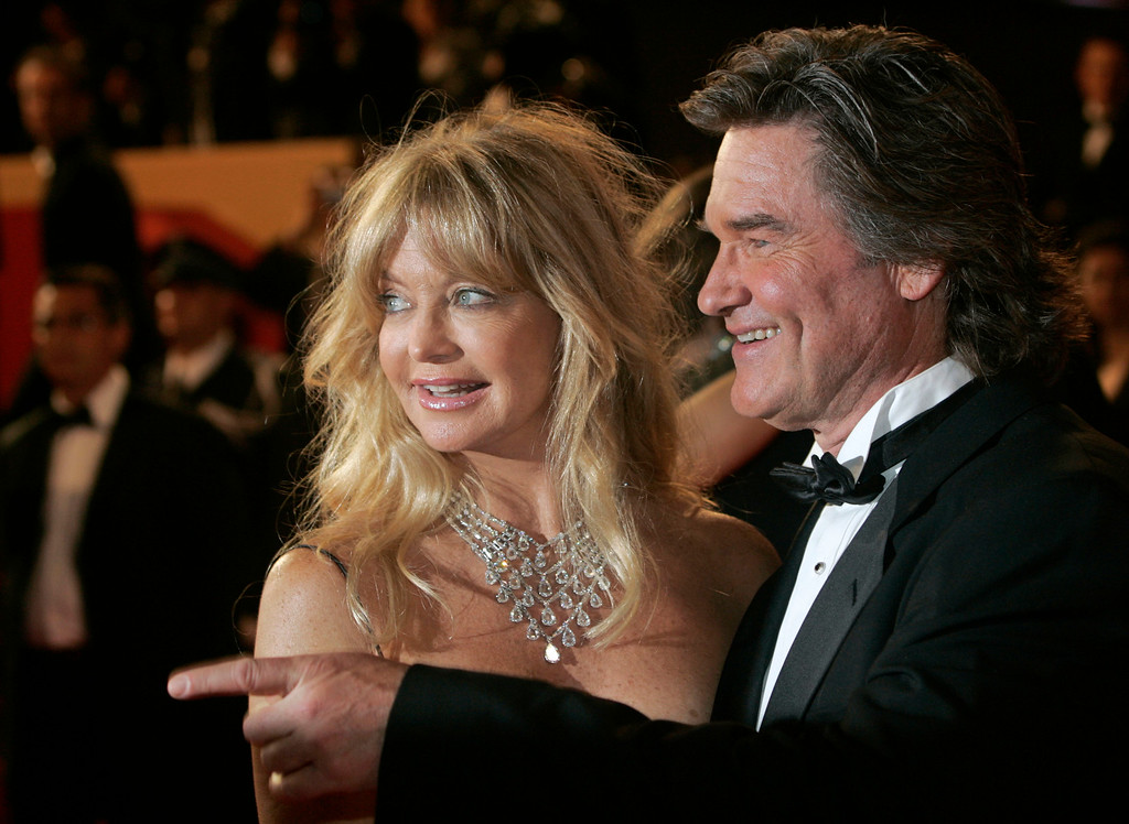 """. American actors Kurt Russell, right, and Goldie Hawn arrive for the screening of the film \""""Death Proof,\"""" at the 60th International film festival in Cannes, southern France, on Tuesday, May 22, 2007. (AP Photo/Lionel Cironneau)"""