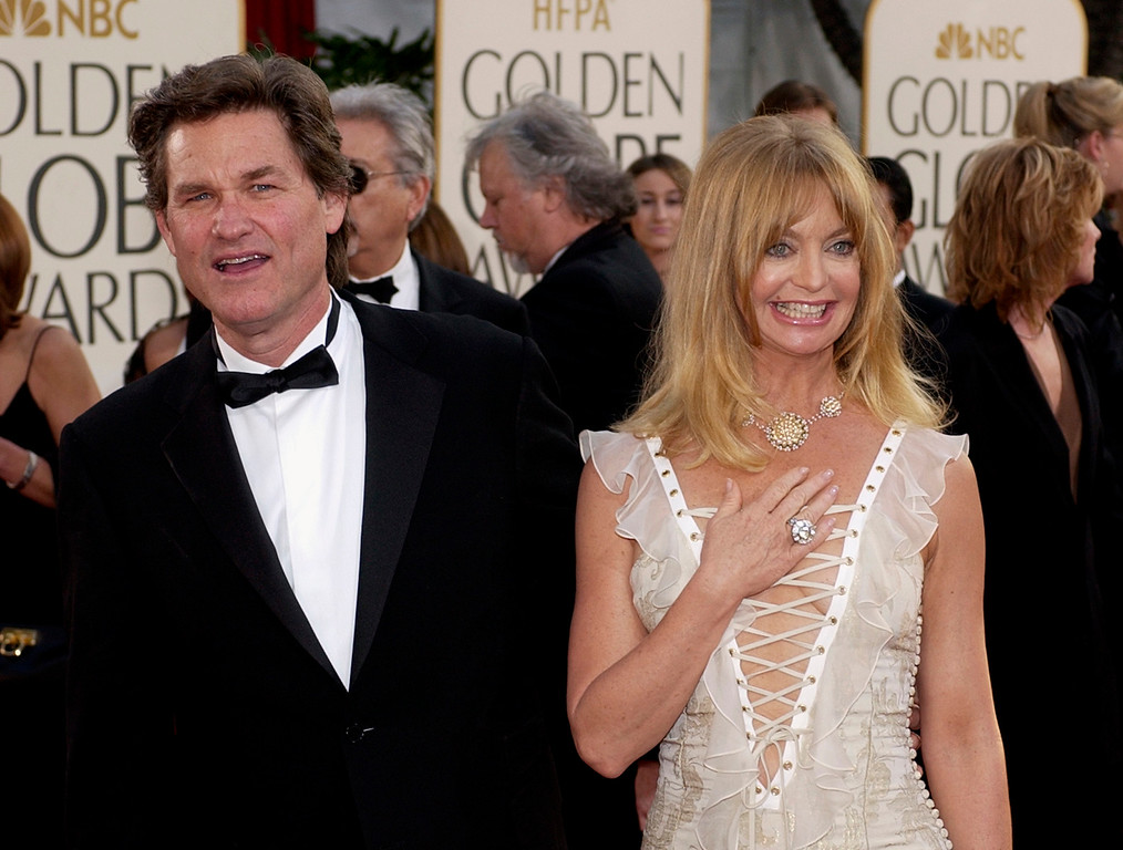 . Actors Goldie Hawn and Kurt Russell arrive for the 60th Annual Golden Globe Awards in Beverly Hills, Calif. , on Sunday, Jan. 19, 2003. (AP Photo/Mark J. Terrill)