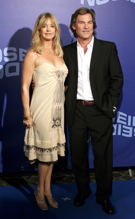 """. ROME - MAY 31:  Actors Kurt Russell and Goldie Hawn attend the Italian Premiere of \""""Poseidon\"""" at Cinema Adriano on May 31, 2006 in Rome, Italy.  (Photo Elisabetta Villa/Getty Images)"""