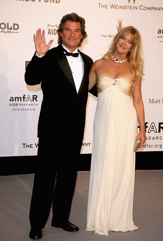 . MOUGINS, FRANCE - MAY 23:  Actors Kurt Russell and Goldie Hawn arrive at the Cinema Against Aids 2007 in aid of amfAR at Le Moulin de Mougins in Mougings on May 23, 2007 in Cannes, France. The amfAR foundation raises funds for research, education and treatment of AIDS / HIV worldwide.  (Photo by Pascal Le Segretain/Getty Images)