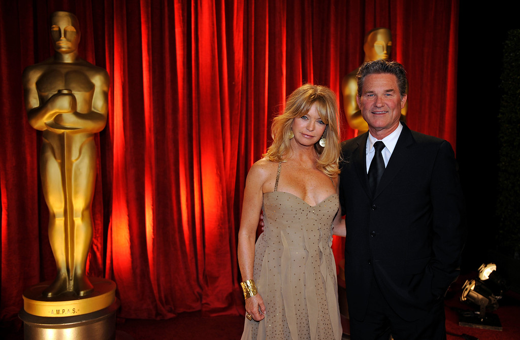 . Goldie Hawn and Kurt Russell backstage at the 81st Academy Awards Sunday, Feb. 22, 2009, in the Hollywood section of Los Angeles. (AP Photo/Chris Carlson)