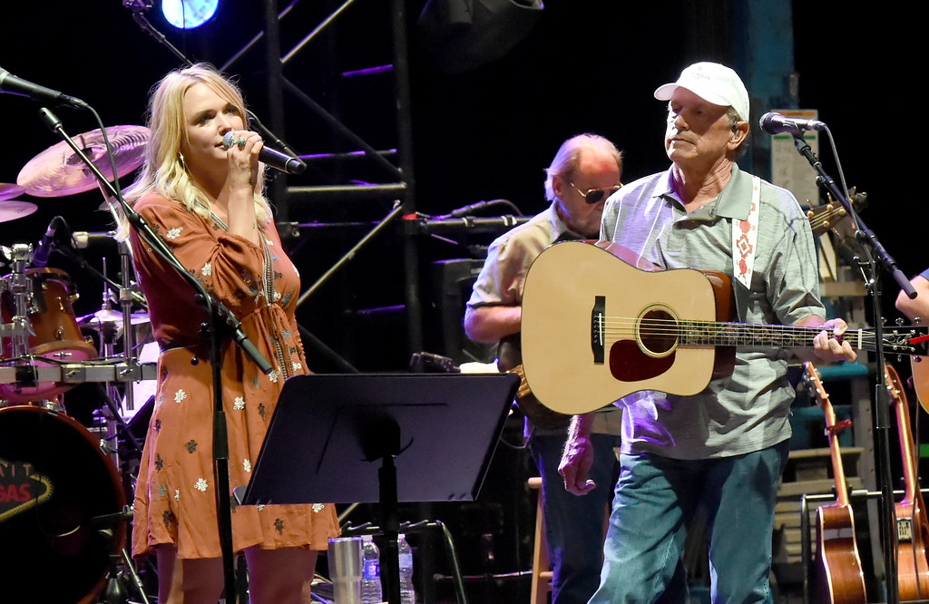 . SAN ANTONIO, TX - SEPTEMBER 11:   Musicians Miranda Lambert (L) and George Strait perform onstage during George Strait\'s Hand In Hand benefit concert rehearsal to rebuild Texas on September 11, 2017 in San Antonio, Texas.  (Photo by Rick Diamond/Getty Images for George Strait)