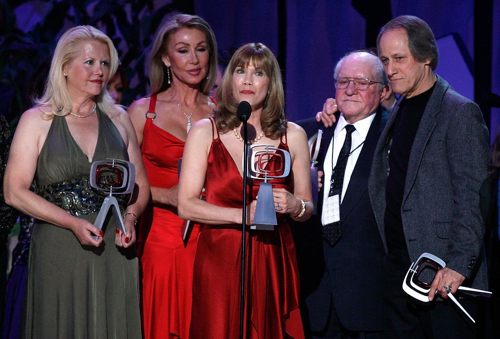 . SANTA MONICA, CA - APRIL 14:  Actors Misty Rowe, Linda Thompson, Barbi Benton, producer Sam Lovullo and Jon Hager accept the Entertainers Award onstage during the 5th Annual TV Land Awards held at Barker Hangar on April 14, 2007 in Santa Monica, California.  Publicists the Brokaw Company said Thursday, Jan. 5, 2017, that Lovullo died at his home in Los Angeles on Tuesday, Jan 3, 2017. He had been suffering from heart disease. He was 88.   (Photo by Kevin Winter/Getty Images)