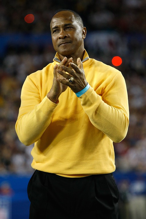 . Hall of fame player and current broadcaster Lynn Swann on the field prior to Super Bowl XLIII between the Arizona Cardinals and the Pittsburgh Steelers on February 1, 2009 at Raymond James Stadium in Tampa, Florida.  Swann was named USC�s athletic director on Wednesday, April 13, 2016.  (Photo by Jamie Squire/Getty Images)