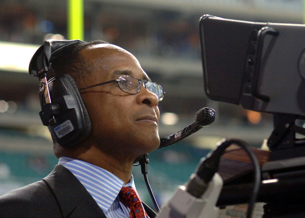 . Lynn Swann, a commentator for ESPN, checks a camera before the 2005 Chick-fil-A Peach Bowl at the Georgia Dome in Atlanta, Georgia on December 30, 2005. Swann was named USC�s athletic director on Wednesday, April 13, 2016.   (Photo by A. Messerschmidt/Getty Images)
