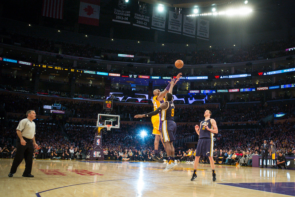 . Kobe Bryant puts up a shot on his way to scoring 60 points in the final game of his career against the against the Utah Jazz. April 13, 2016. Los Angeles, CA.  The Lakers defeated the Jazz 101-96.  (Photo by David Crane/Southern California News Group)