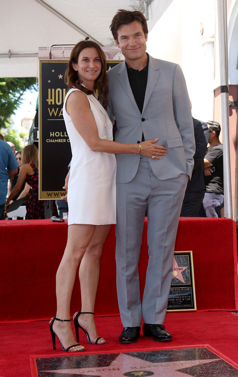 . Amanda Anka, left, and Jason Bateman pose at the Jason Bateman Star ceremony at the Hollywood Walk of Fame on Wednesday, July 26, 2017, in Los Angeles. (Photo by Willy Sanjuan/Invision/AP)