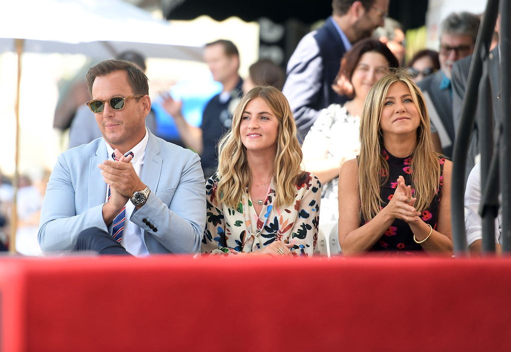 . HOLLYWOOD, CA - JULY 26:  Will Arnett, Elizabeth Law, and Jennifer Aniston attend The Hollywood Walk of Fame Star Ceremony honoring Jason Bateman on July 26, 2017 in Hollywood, California.  (Photo by Matt Winkelmeyer/Getty Images)