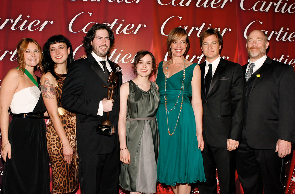 . From left, Drew Barrymore, Diablo Cody, Jason Reitman, and cast members of Juno, Ellen Page, Allison Janney, Jason Bateman and J.K. Simmons are seen with the Chairman\'s Vanguard award backstage at the 19th annual Palm Springs International Film Festival Awards Gala in Palm Springs, Calif., on Saturday, Jan. 5, 2008. (AP Photo/Matt Sayles)