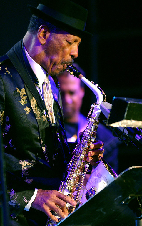. Jazz musician Ornette Coleman, front, performs with his quartet on the closing evening of the Skopje Jazz Festival, in Macedonia\'s capital Skopje, late Monday, Oct. 23, 2006. (AP Photo/Boris Grdanoski)