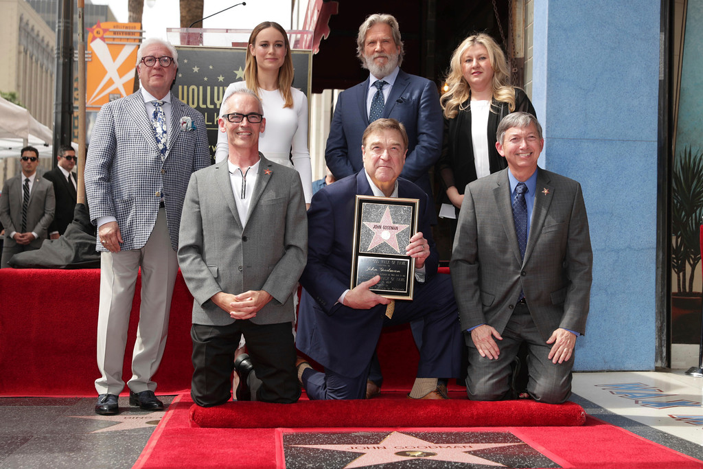 . Los Angeles City Council member Mitch O\'Farrell, Brie Larson, John Goodman, Jeff Bridges, Dr. Fariba Kalantari, Hollywood Chamber of Commerce Chair of the Board, and Leron Gubler, President & CEO at Hollywood Chamber of Commerce, are seen at John Goodman honored with a star on the Hollywood Walk of Fame on Friday, March 10, 2017, in Los Angeles. (Photo by Eric Charbonneau/Invision for Warner Bros./AP Images)