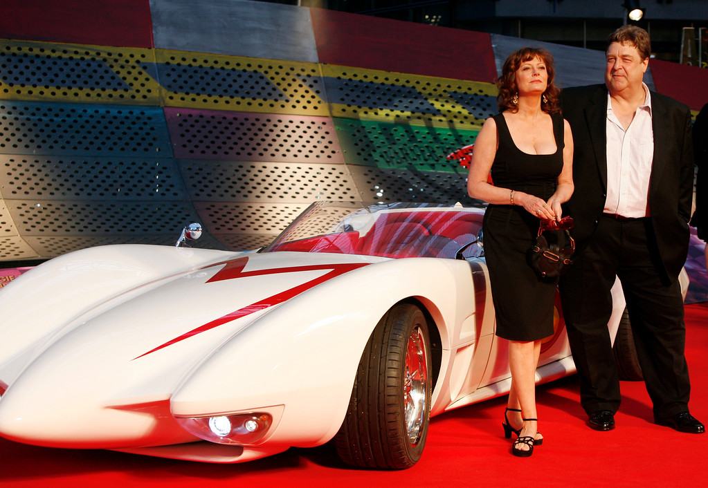 """. US actress Susan Sarandon, left, and actor John Goodman pose on the red carpet during the  European premiere of the movie \""""Speed Racer\""""  in Berlin, on Monday, April 28, 2008.  (AP Photo/Miguel Villagran)"""