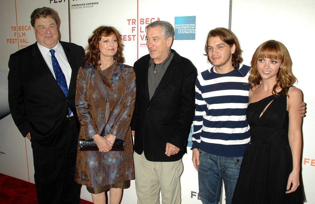 ". From left, actors John Goodman, Susan Sarandon, Robert De Niro, Emile Hirsch and Christina Ricci arrive at the premiere of ""Speed Racer\"" during the 2008 Tribeca Film Festival on Saturday, May 3, 2008, in New York. (AP Photo/Peter Kramer)"