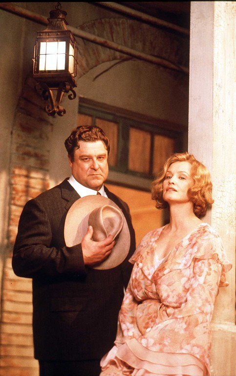 . JOHN GOODMAN AND JESSICA LANGE IN \'A STREETCAR NAMED DESIRE\', 1995. (Getty Images)