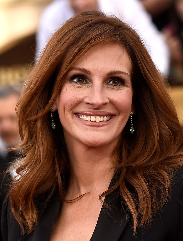 . LOS ANGELES, CA - JANUARY 25:  Actress Julia Roberts attends the 21st Annual Screen Actors Guild Awards at The Shrine Auditorium on January 25, 2015 in Los Angeles, California.  (Photo by Frazer Harrison/Getty Images)