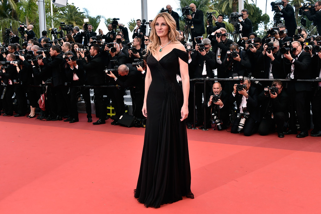 ". CANNES, FRANCE - MAY 12:  Actress Julia Roberts attends the ""Money Monster\"" premiere during the 69th annual Cannes Film Festival at the Palais des Festivals on May 12, 2016 in Cannes, France.  (Photo by Pascal Le Segretain/Getty Images)"