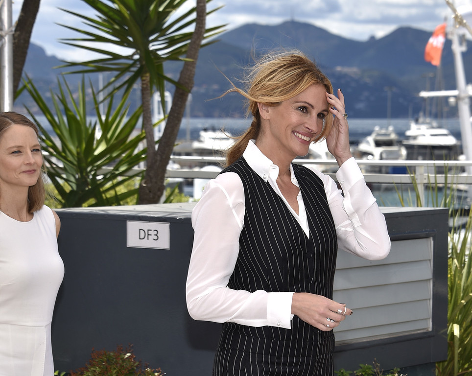 ". CANNES, FRANCE - MAY 12:   Julia Roberts attends the ""Money Monster\"" Photocall during the 69th annual Cannes Film Festival on May 12, 2016 in Cannes, France.  (Photo by Clemens Bilan/Getty Images)"