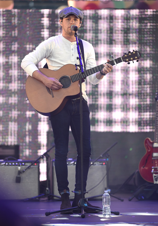. Niall Horan performs at Wango Tango at StubHub Center on Saturday, May 13, 2017, in Carson, Calif. (Photo by Chris Pizzello/Invision/AP)