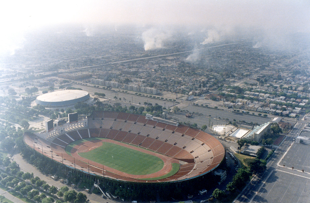 . Smoke fills the skies as arson fires burned on Thursday, April 30, 1992.  Major Los Angeles-area sports events were canceled, postponed or relocated due to rioting and violence.  (Los Angeles Daily News file photo)