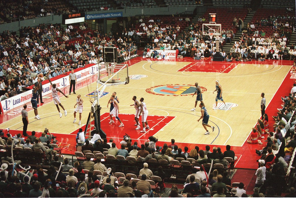 . 10 Dec 1996: A view from the upper level at the Los Angeles Sports Arena as the Dallas Mavericks defeated the Los Angeles Clippers 100-95 in Los Angeles, California.