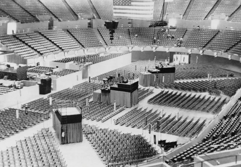. Interior of the Sports Arena prior to the opening of the Democratic National Convention. The Sports Arena was designed by Welton Becket and Associates.  (1960:  Photo courtesy Los Angeles Public Library)