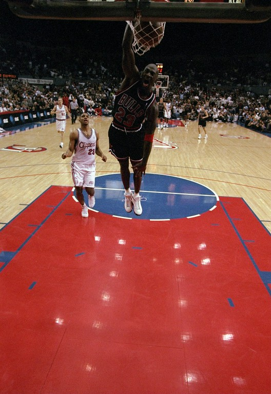 . 21 Nov 1997:  Guard Michael Jordan of the Chicago Bulls in action during a game against the Los Angeles Clippers at the Los Angeles Sports Arena in Los Angeles, California.  The Bulls defeated  the Clippers 111-102 in double-overtime. (Getty Images)