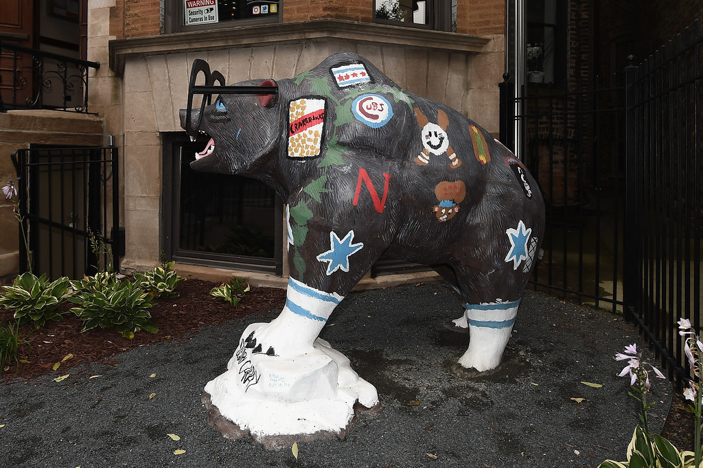. CHICAGO, IL - OCTOBER 15:  The \'Beary Caray\' statue is seen prior to game one of the National League Championship Series between the Chicago Cubs and the Los Angeles Dodgers at Wrigley Field on October 15, 2016 in Chicago, Illinois.  (Photo by Stacy Revere/Getty Images)