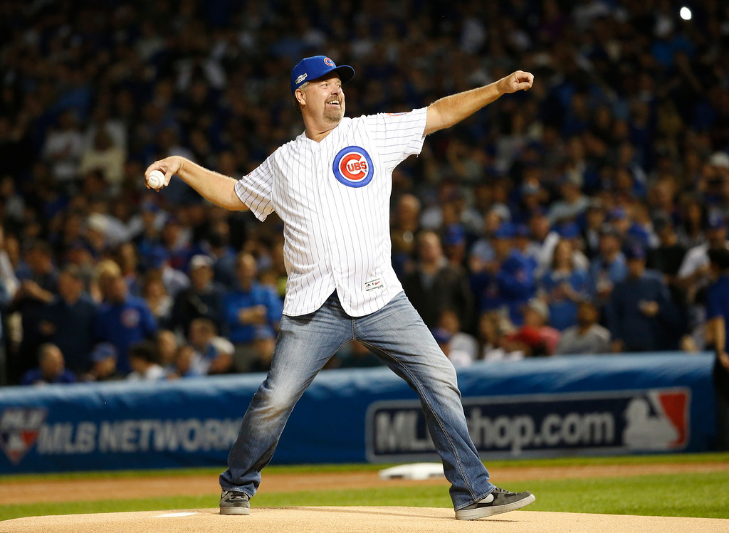 . Rick Sutcliffe throws a ceremonial first pitch before Game 1 of the National League baseball championship series between the Chicago Cubs and the Los Angeles Dodgers Saturday, Oct. 15, 2016, in Chicago. (AP Photo/Nam Y. Huh)