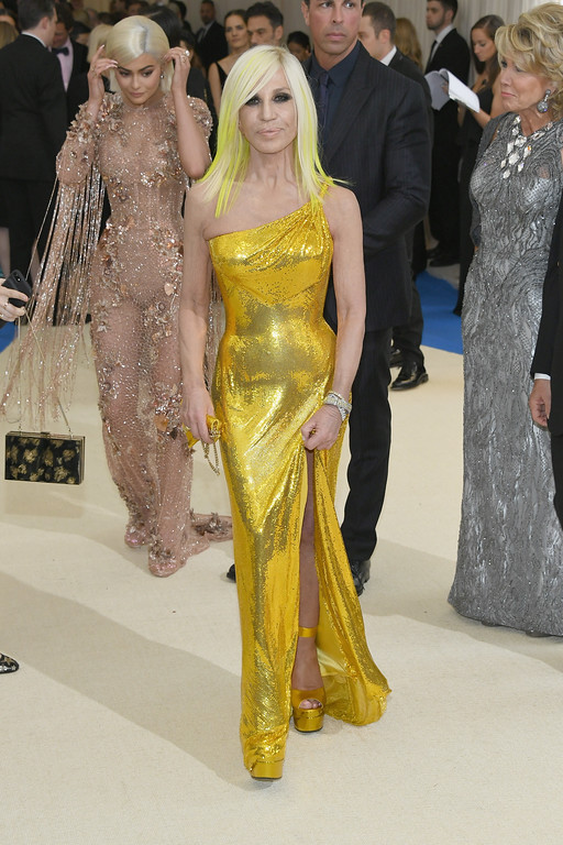 """. NEW YORK, NY - MAY 01:   Kylie Jenner (L) and Donatella Versace attend the \""""Rei Kawakubo/Comme des Garcons: Art Of The In-Between\"""" Costume Institute Gala at Metropolitan Museum of Art on May 1, 2017 in New York City.  (Photo by Dia Dipasupil/Getty Images For Entertainment Weekly)"""